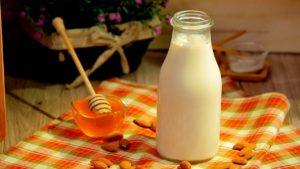 Cum să faci lapte de migdale acasă - 2