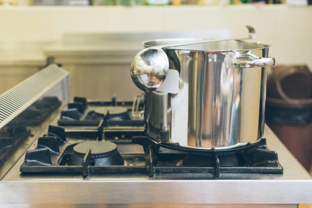 Cele mai importante 6 vase de gătit pe care trebuie să le ai în bucătărie - 5