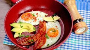 Cum să faci ouă ochiuri - 2