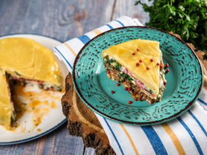 Lasagna cu vită, spanac și salam