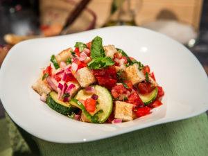 Salată Panzanella