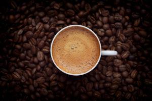 Ce se poate întâmpla dacă nu mai bei cafea dimineața. Explicația științifică