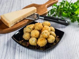 Chifteluțe din brânză de capră și nucă