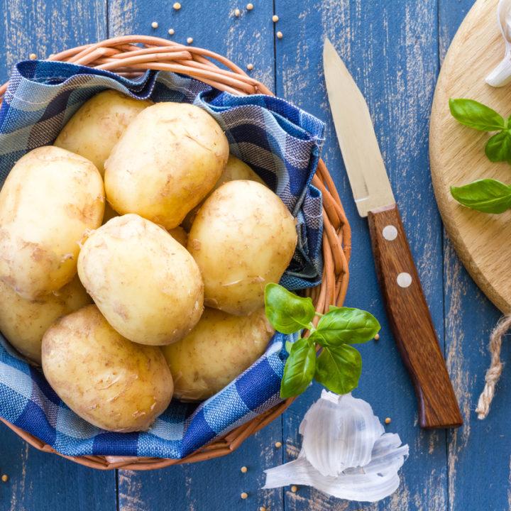 Cum să gătești cartofi altfel decât prăjiți și să-ți placă