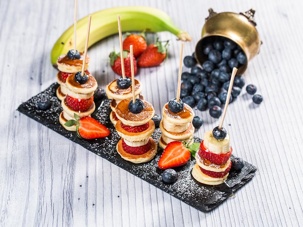 5 rețete cu mini-prăjituri pentru petreceri mari sau mici