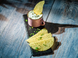 Cremă de brânză cu verdețuri și usturoi