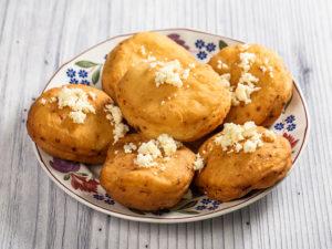 Scovergi ardelenești cu cartofi și brânză