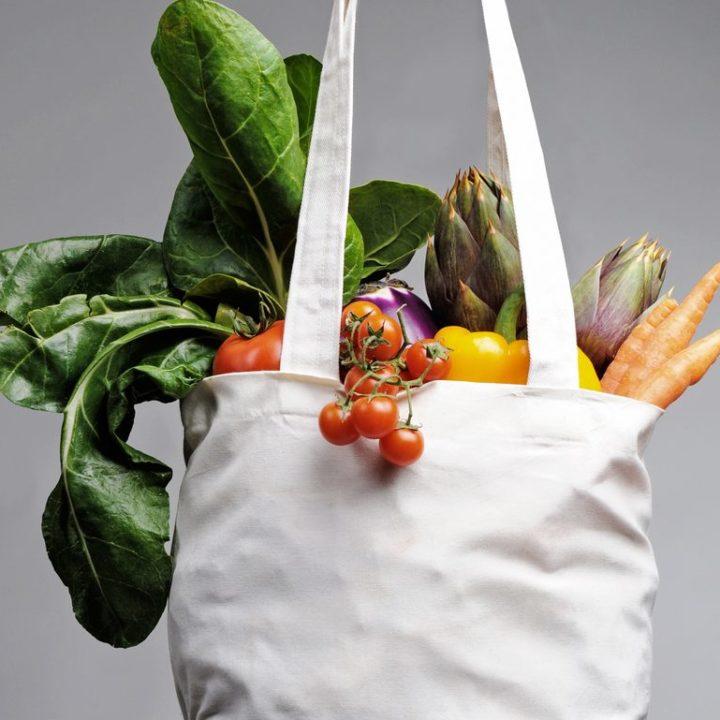 destule fructe și legume
