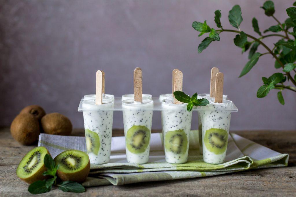 Cum să faci iaurt congelat, alternativa mai sănătoasă la înghețată - 2
