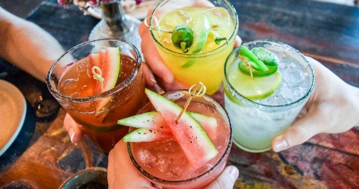 5 rețete de cocktailuri pentru o petrecere reușită