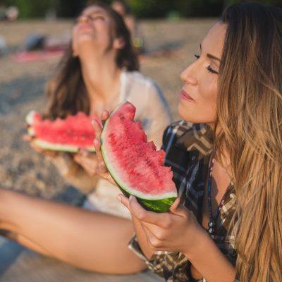 Dieta după plajă: ce e bine să mănânci?