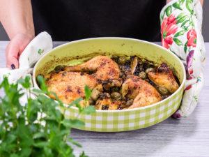 Mâncare de pui cu măsline verzi