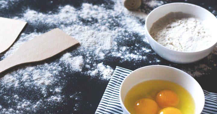 5 aluaturi esențiale pentru începătorii în bucătărie