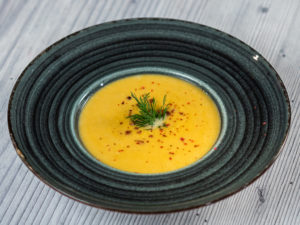 Supă cremă de cartof dulce cu praz