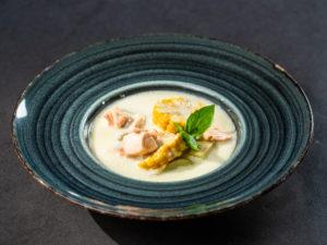 Supă de porumb cu somon