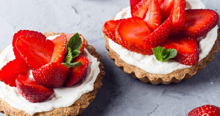 fructe în prăjituri