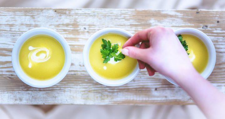 5 rețete de supe rapide, pentru cei aflați pe fugă
