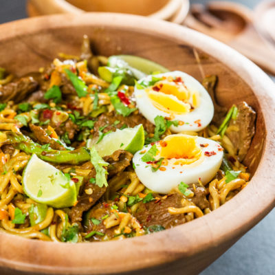 Noodles cu vită în stil thailandez