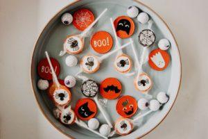 """Bomboane """"înfricoșătoare"""" pentru Halloween"""