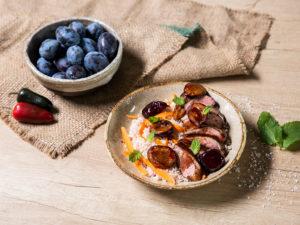 Piept de rață cu sos de prune
