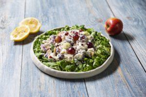 Salată cu ton și struguri