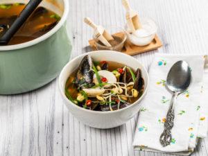 Supă de midii și scoici