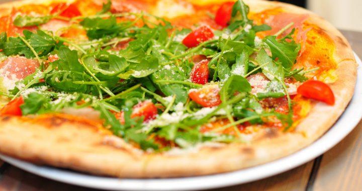 Pizza cu verdeață