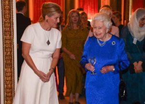 La masă cu regina. Cum se mănâncă (și se bea) la Palatul Buckingham - 1
