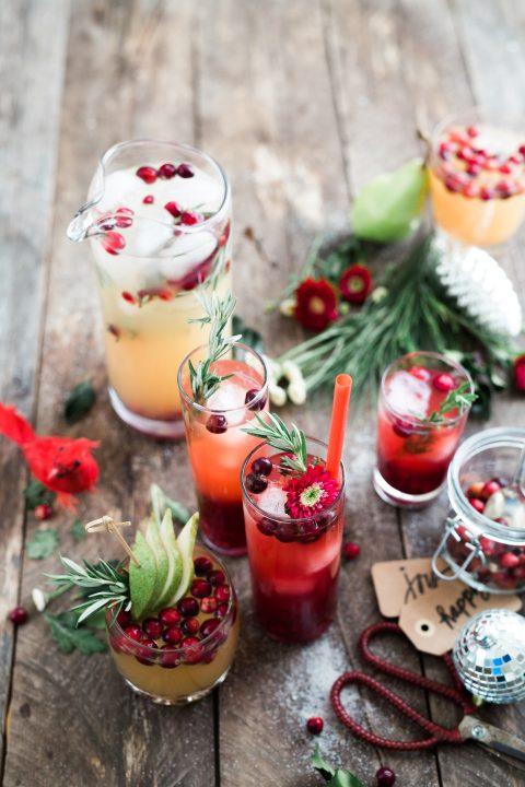 Cum decorezi festiv paharele