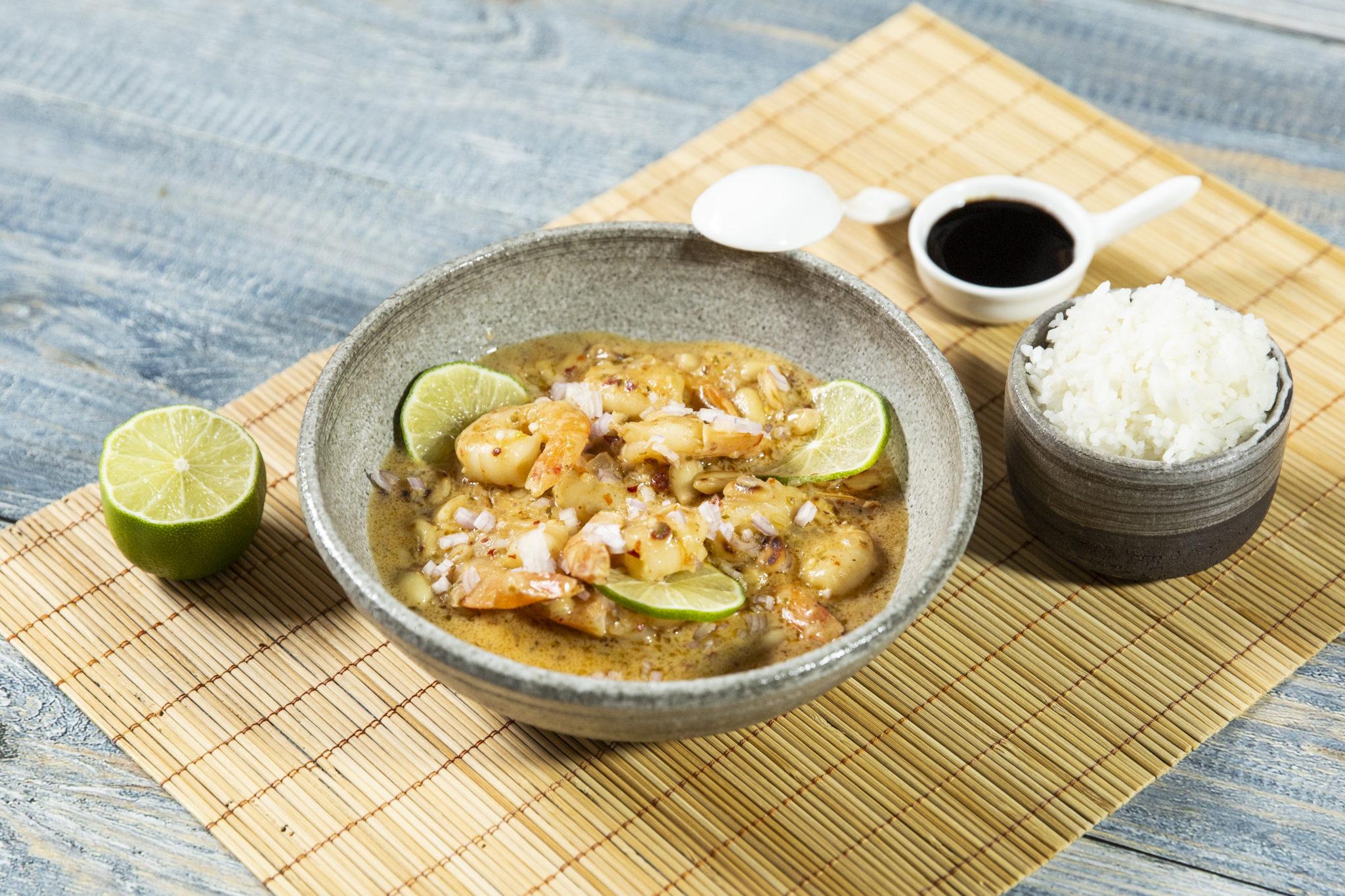 Curry de creveți cu alune