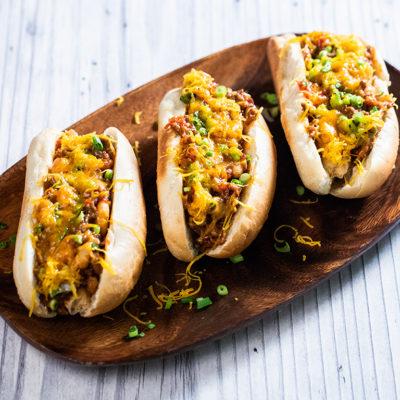 Hot dog în stil mexican