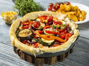 Plăcintă cu legume de toamnă, la cuptor