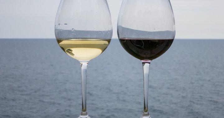 Vinul alb sau vinul roșu: care este mai sănătos? - 1