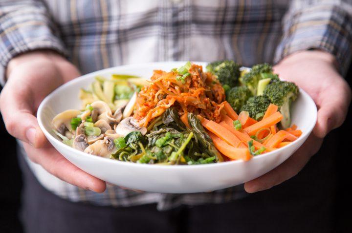 salată cu morcovi