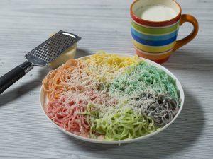 Spaghete curcubeu