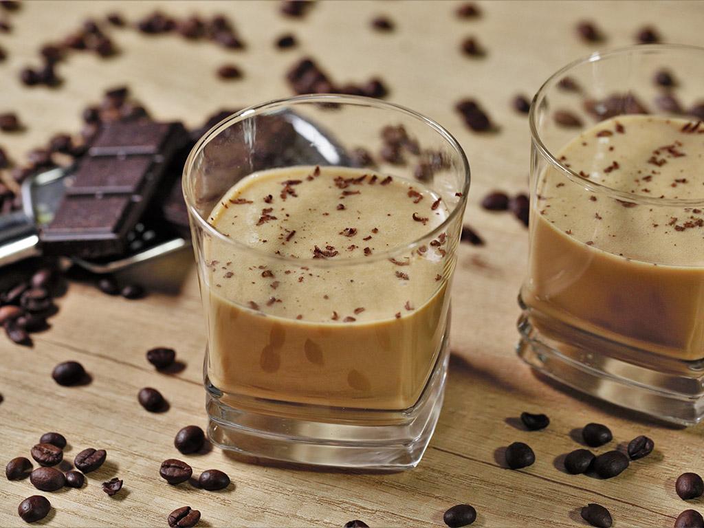 Cremă de cafea cu ciocolată albă și mascarpone