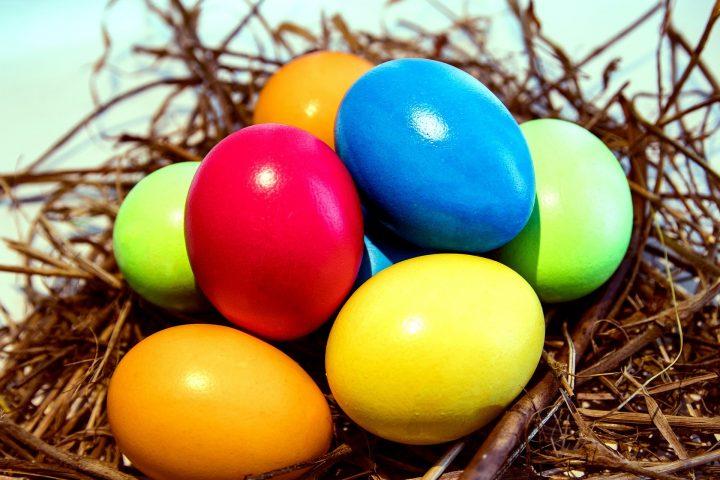 Decorează masa de Paște în culorile pastelate ale primăverii - 4