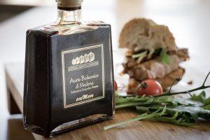 Cum se folosește oțetul balsamic în bucătărie și ce beneficii are - 1