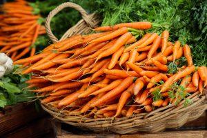 Morcovii conțin betacaroten