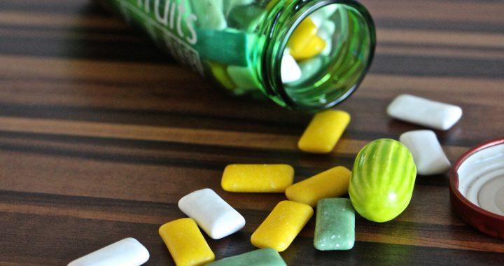 Guma de mestecat: bună sau rea? 5 avantaje și 5 dezavantaje