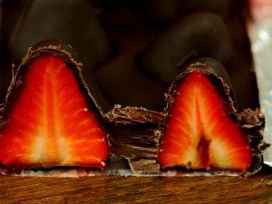 ciocolata-cu-capsuni