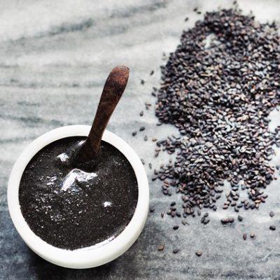 Seminţe de susan negru