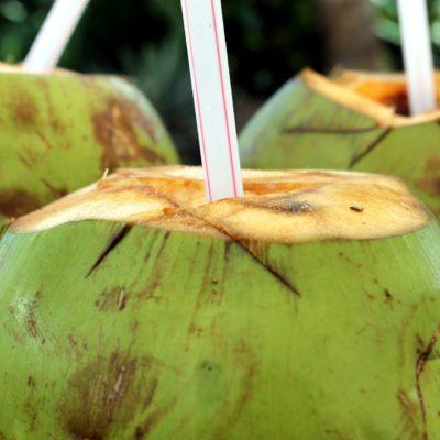 Apă de cocos