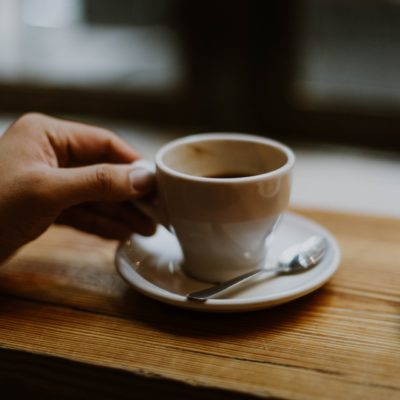 Femeile însărcinate sunt sfătuite să evite consumul de cafeină, potrivit unui studiu recent