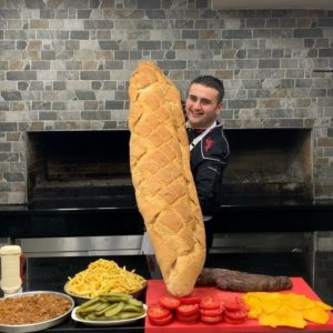 Bucătarul turc care a cucerit internetul cu stilul de a găti și cu zâmbetul său ciudat - 3