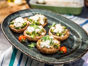 ciuperci-umplute-cu-broccoli-si-feta