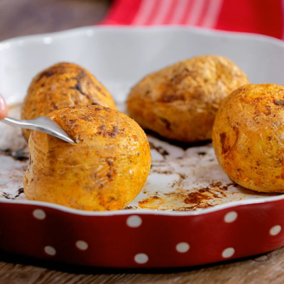 cum-sa-faci-cartofi-copti-in-3-feluri