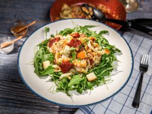salata-de-linte-cu-cascaval-afumat
