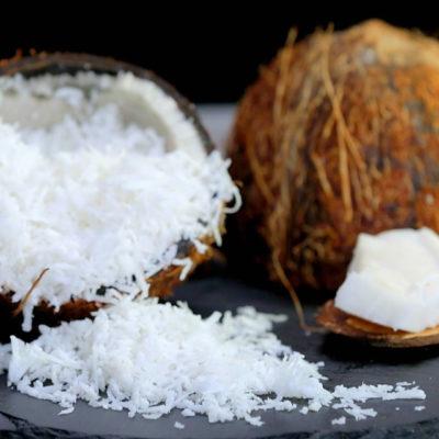 Cum să spargi nuca de cocos