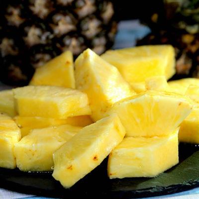 Cum se taie ananasul